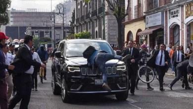 Photo of Acusan a diputado de Morena de atropellar estudiante; difunden video en donde el joven se avienta contra el vehículo