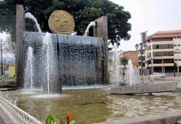 Cusco.Monument.Fontäne
