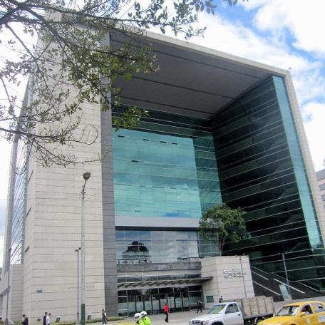 Bog11..ColombianChamber of Commerce, situaed in the modern Salistra citty quarter (1)