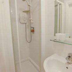 Woodbine Guesthouse B&B Bathroom