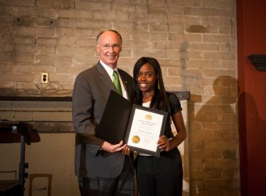 Gov. Robert Bentley and Shaquila Washington, Hale County Health Scholar and senior at Sunshine High School