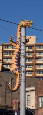 Dragon annonuncing Chinatown