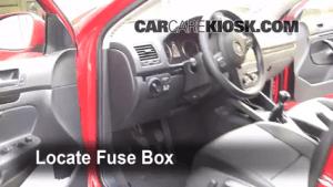 20052014 Volkswagen Jetta Interior Fuse Check  2010