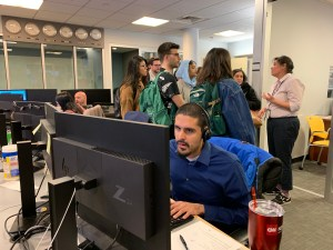 City College Journalism students at the assignment desk at SpectrumNews NY1