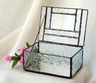 0713-GlassBox-open-1000px