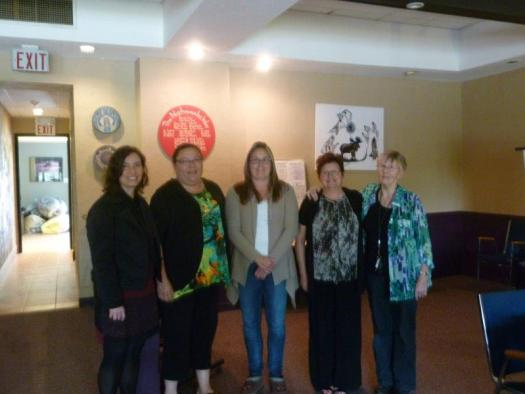 Gwen McAllister (left) with CCS student Catherine Underhill (second from right) at Niijkiwendidaa Anishnaabekwewag Services Circle