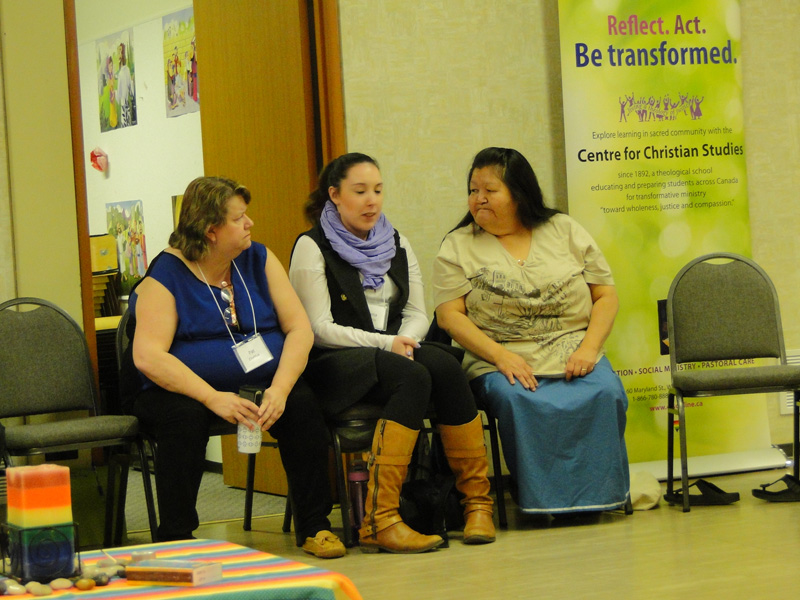 CCS and Sandy-Saulteaux students in conversation