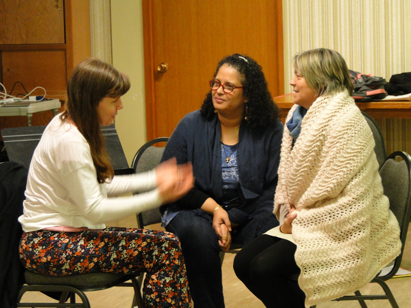 Playwright/actor Debbie Patterson talking with Lisa and Kim