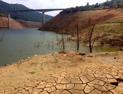 Drought New Melones Reservoir