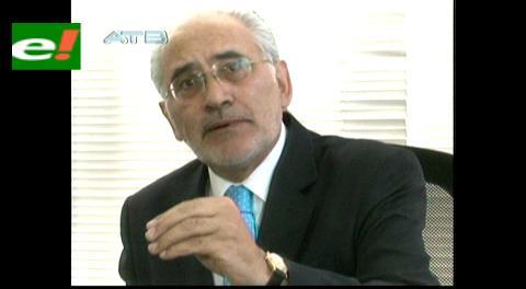 Mesa no tendrá cargo diplomático ni recibirá salario por representar a Bolivia en tema marítimo