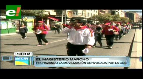 Policía impide que dirigentes del magisterio marchen por el Día del Trabajo