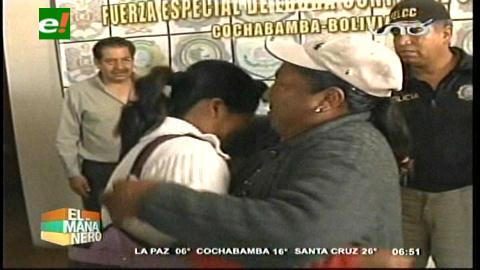 Hija raptada en La Paz hace 28 años reencuentra a su madre en Cochabamba