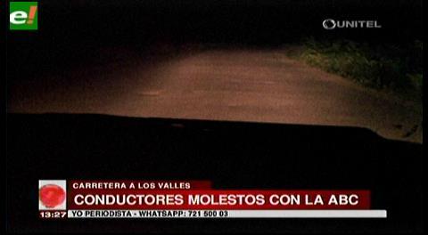 Conductores molestos con la ABC por mal estado de la carretera a Los Valles