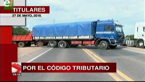Titulares de TV: Bloqueo nacional del transporte pesado desde el lunes