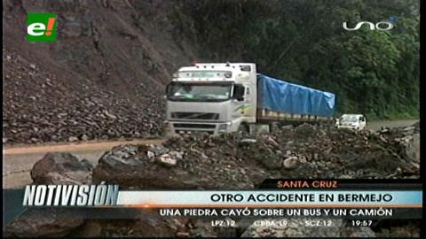 Un derrumbe de roca provoca 4 heridos a la altura de Bermejo