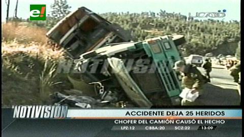 Colisión de bus y tráiler deja 25 heridos en Cochabamba