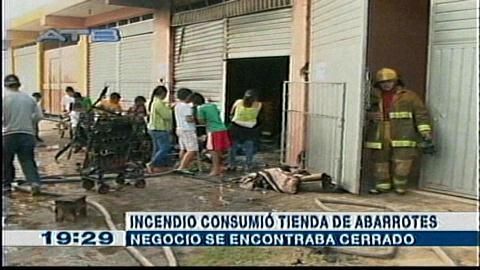 Bomberos logran apagar el incendio en un domicilio