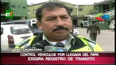 Tránsito exige a taxistas tarjeta de identificación para operar en Santa Cruz