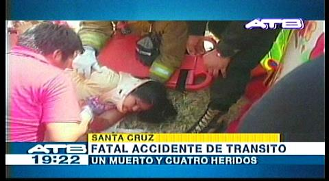 Santa Cruz: Choque frontal deja un muerto y cuatro heridos