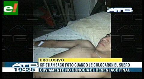 Cristian Zapana tomó una fotografía cuando su madre le ponía el suero