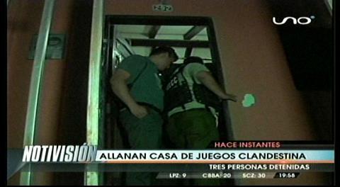 Allanan casa de juego clandestino en Santa Cruz
