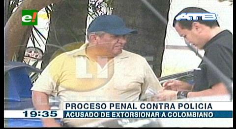 Proceso penal contra policía acusado de extorsionar a extranjero