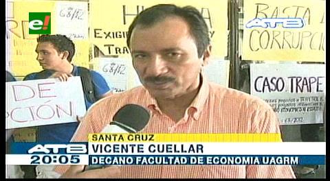 Uagrm: Decano Ciencias Económicas entró en huelga de hambre