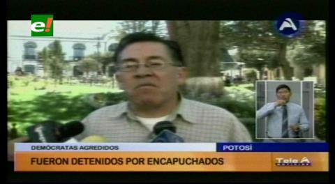 Senador de UD denuncia que comunarios evitaron que campaña por el No llegue a Sacaca