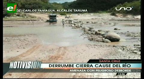Cerro se desliza y corta el río Piraí en El Torno