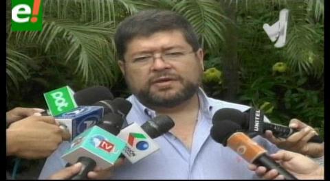 Samuel viajará a España, explicará el proceso del referéndum a los residentes bolivianos