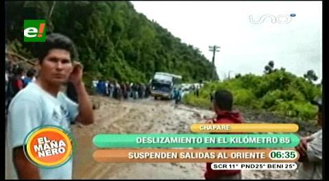 Por derrumbe, cierran la vía nueva a Cochabamba