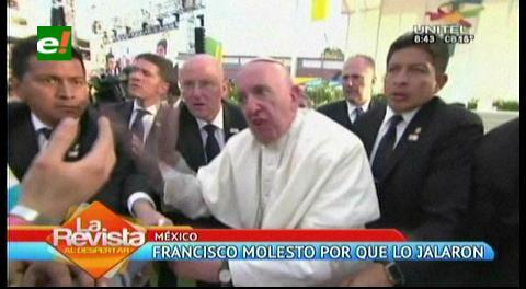 El Papa se molesta con un joven en su visita a México