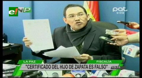 Fiscal: Gabriela Zapata presentó un certificado de nacimiento falso del hijo de Evo Morales
