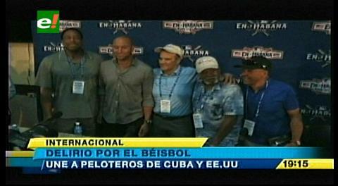 Delirio por el béisbol une a peloteros de Cuba y Estados Unidos en La Habana