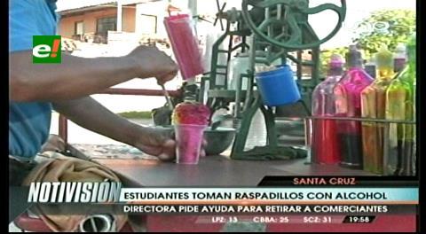 """Denuncia: Estudiantes toman """"raspadillos con alcohol"""""""