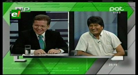 Evo invitó a ser embajador a Caballero en un programa de TV antes del referéndum de febrero