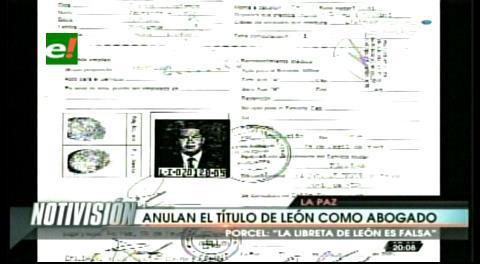 El Poder contra un ciudadano: Cuatro ministerios se querellan contra León y Justicia le quita la matrícula de abogado