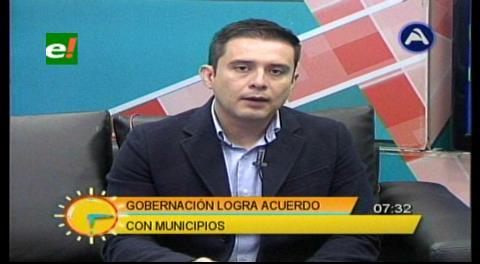 """Diputado Serrano: """"El Gobierno debe tomar el ejemplo de la Gobernación cruceña"""""""