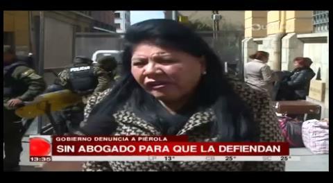 Piérola dice que ningún abogado quiere defenderla por miedo al Gobierno
