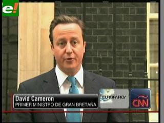 Cameron condenó los ataques de manifestantes al príncipe Carlos y Camila