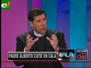 El Padre Alberto Cutié se confiesa en CNN