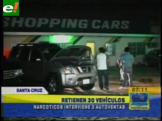 """La Felcn secuestra 30 vehículos en """"autoventas"""""""