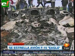 Un avión militar de EEUU cae en Libia; pilotos a salvo