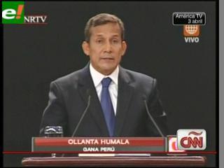 Perú: Ollanta Humala arremete contra Keiko Fujimori