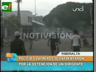Zafreros y policías se enfrentan en Beni