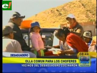 Tres semanas de bloqueo en frontera peruana con Bolivia