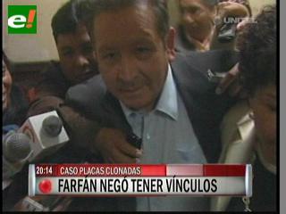 General Ciro Farfán dice no ser dueño de la camioneta con placa clonada