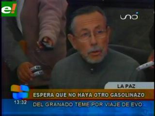 """Evo de viaje, oposición teme que García Linera salga con nuevo """"gasolinazo"""""""