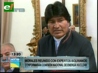 Morales y científicos comienzan debate para conformar una comisión para el desarrollo de la energía nuclear