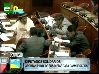 Diputados deciden donar el 3% de su salario a las familias damnificadas por las lluvias